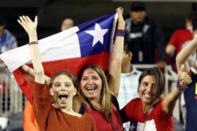 El multimillonario chileno Leonardo Farkas, distribuir� 21.000 banderas para apoyar a Chile en final de Copa Am�rica