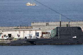 El Reino Unido pide disculpas a Espa�a por el accidente de un submarino nuclear en Gibraltar