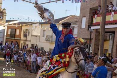 El Carpio de Tajo (Toledo) celebr� este domingo 25 de julio su tradicional �carrera de gansos�