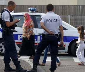 Los atacantes grabaron el asesinato de sacerdote en Francia seg�n una testigo