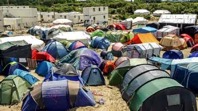 Exigen cerrar centros de refugiados griegos por riesgos a la salud p�blica
