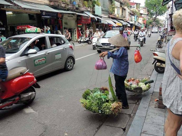Hanoi (Vietnam) Encanto colonial francés a orillas del río Rojo