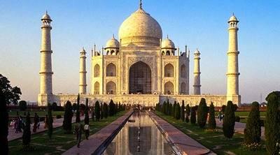 Reflexi�n desde el Taj Mahal�