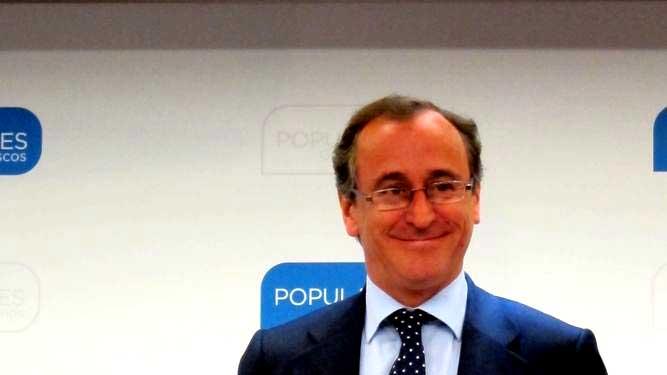 El exministro de Sanidad y candidato del PP a lehendakari, Alfonso Alonso, ha hecho un llamamiento al PNV para que apoye a Mariano Rajoy