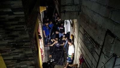 Nueva pol�mica en la lucha contra la droga en Filipinas; que los drogadictos maten a los narcotraficantes