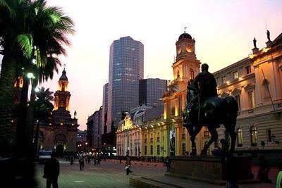 Vista del centro de Santiago de Chile, la capital del país...