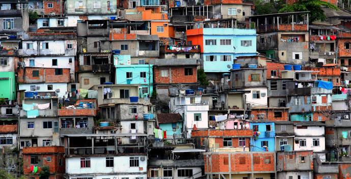 A nadie le gustan, pero están ahí: las Favelas