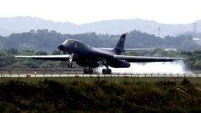 EEUU env�a otro bombardero a Corea del Sur como advertencia al Norte