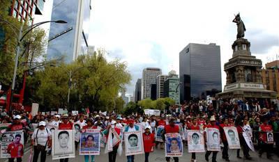 Los 43 de Ayotzinapa: Segundo Aniversario