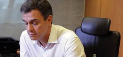 Pedro S�nchez resiste a la dimisi�n de los 17 cr�ticos de su Ejecutiva que intentaban echarle
