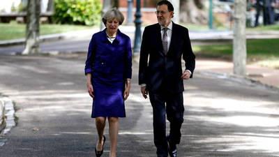 Mariano Rajoy con la Primer Ministro brit�nica Theresa May en una imagen de archivo