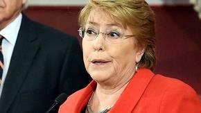 Michelle Bachelet atraviesa un dif�cil momento debido a la baja aprobaci�n de su gesti�n.