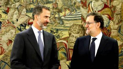 Rajoy acepta encargo de Felipe VI para formar gobierno en Espa�a