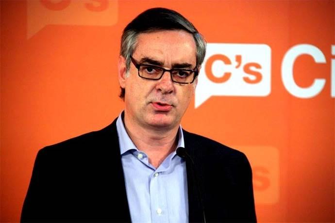 Ciudadanos contesta al PP que no hay marcha atrás en el pacto de expulsar a los imputados
