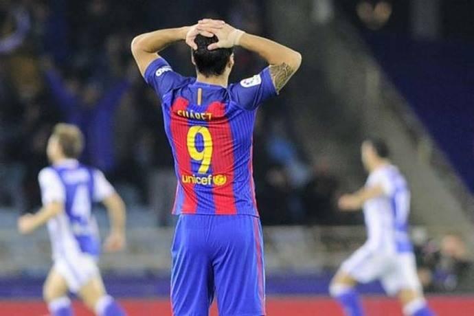 Un gris Barcelona empata con la Real Sociedad y se aleja aún más del Madrid