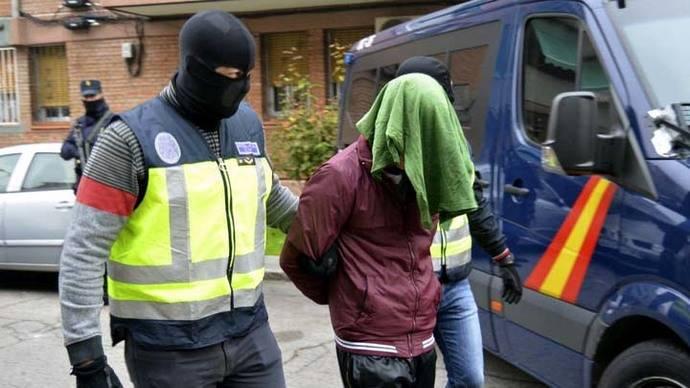 Arrestados cuatro sospechosos de posibles nexos con el ISIS (Daesh)