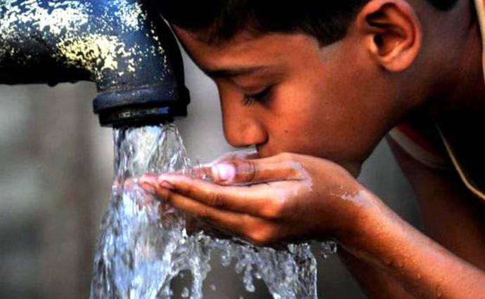 La ONU alerta de 'insostenible' situación del acceso al agua potable