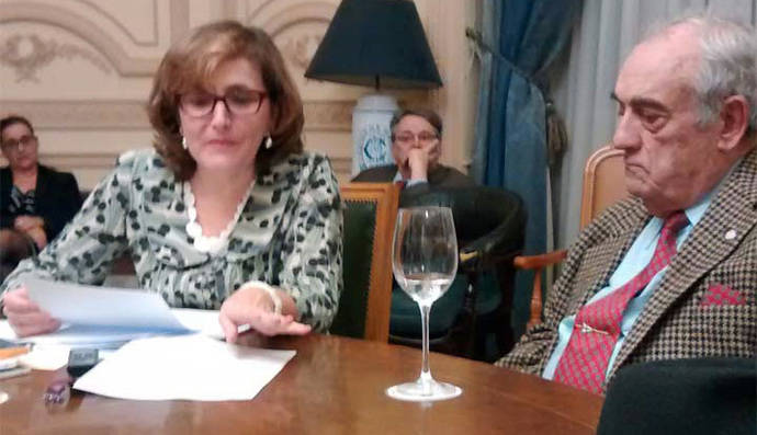 Margarita Hernando de Larramendi, Tertulia poética en el Salón del Torito del Casino de Madrid