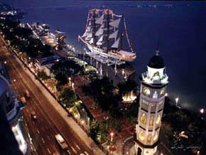 Guayaquil, capital con puerto moderno bajo las huellas del pasado colonial