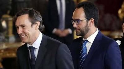 El Gobierno y el PSOE pactan una subida del salario mínimo a 707 euros para 2017