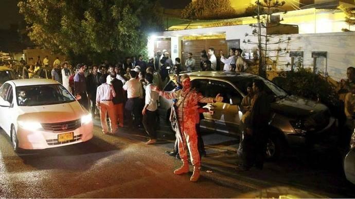 Recuperan 36 cadáveres del avión siniestrado en Pakistán con 48 personas a bordo