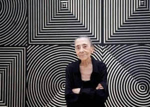El Reina Sofía rinde homenaje a Elena Asins, la singular artista que al morir legó su obra al museo