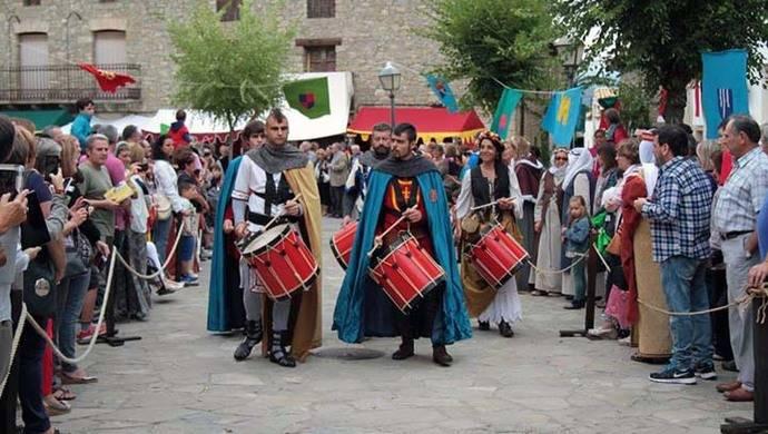 El pueblo oscense de Bailo hace una recreación histórica de la estancia en tierras de la Jacetania del Santo Grial