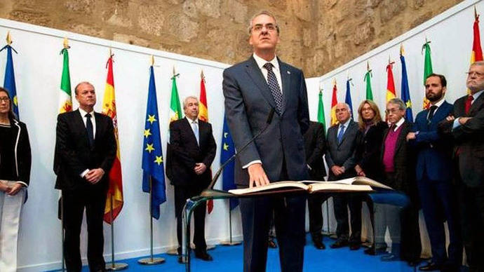 La Conferencia de Rectores condena el plagio y cesa al rector Suárez como vocal