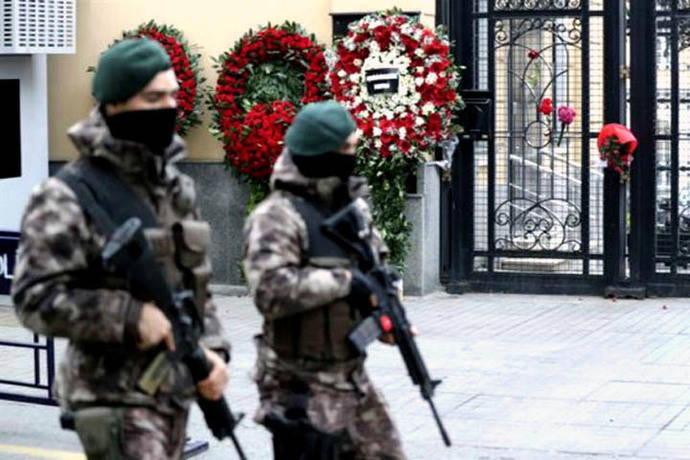 Putin ordena reforzar seguridad tras asesinato de su embajador ruso en Turquía