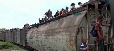 """El tren de mercancías apodado """"La Bestia"""""""