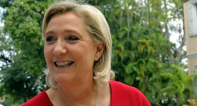 Marine Le Pen anuncia que eliminará la educación gratuita en Francia para los extranjeros si gobierna