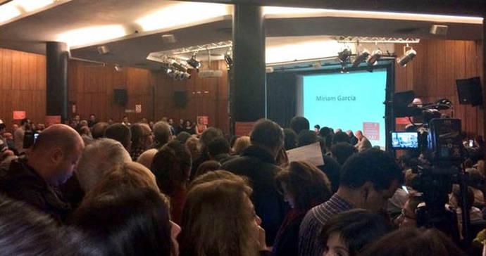 El presidente del PSOE de Madrid apadrina la rebelión de militantes contra la gestora