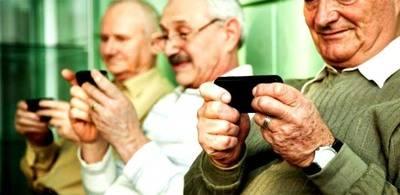La necesidad de los móviles para personas mayores