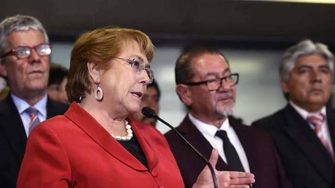 Para Bachelet los represores de Pinochet deben ayudar con los desaparecidos