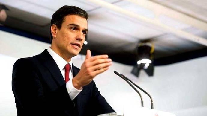 Pedro Sánchez agradece el apoyo de sus afines sin aclarar si disputará el liderazgo del PSOE
