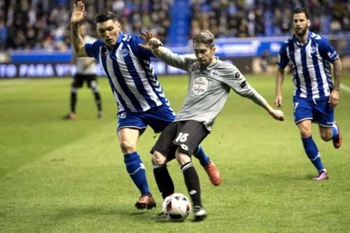 Daniel Torres le ganó el duelo a Marlos y el Alavés sigue con vida en la Copa del Rey