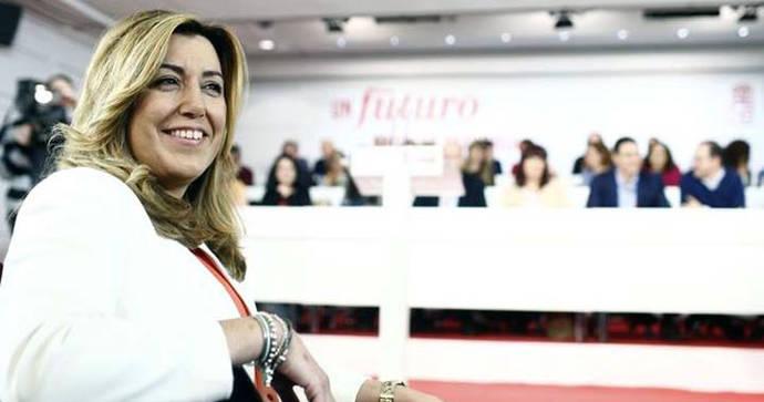 El PSOE espera a Susana Díaz pendiente de una tercera vía que no llega