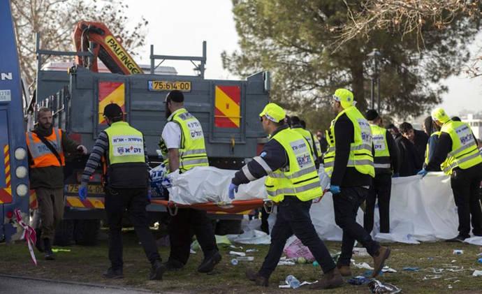Al menos 4 muertos y 13 heridos en un ataque terrorista con un camión en Jerusalén