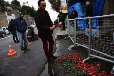 Tras la pista del atacante que mató a 39 personas en un club de Estambul