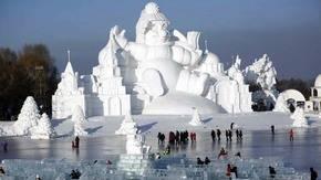 China inaugura su Festival de Hielo y Nieve en el parque Zhaolin