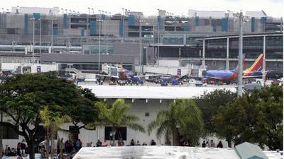 La Policía dice que es pronto para hablar de terrorismo en Fort Lauderdale