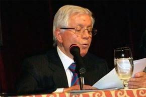 Autoentrevista del poeta y ensayista José López Martínez