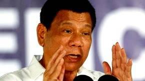 Duterte amenaza con decretar la ley marcial en Filipinas