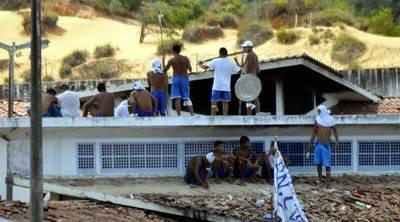 Agentes penitenciarios de Río van a huelga en plena crisis carcelaria
