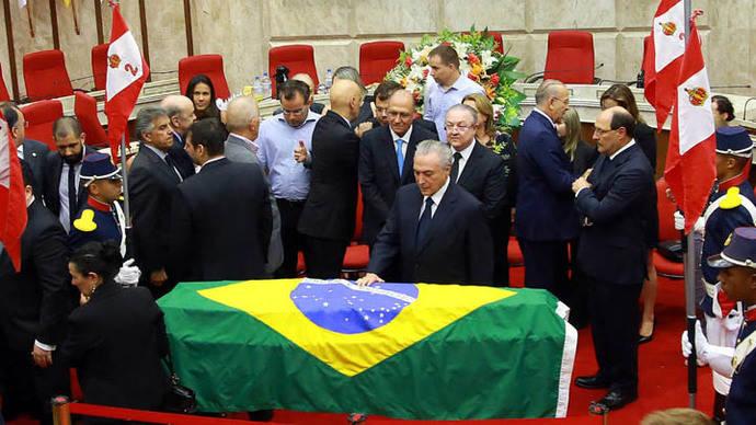 Brasil da el último adiós al juez del Supremo que supervisó el caso Petrobras