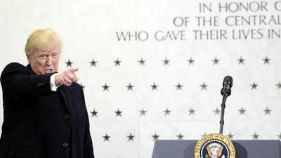 Trump ofrece su apoyo total a los servicios de inteligencia