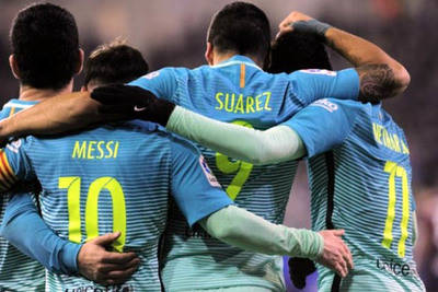 Messi, Suárez y Neymar anotan en goleada de Barcelona sobre Eibar