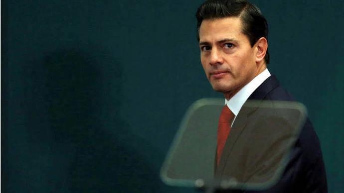 Exigen a Peña Nieto cancelar cita con Trump por anunció sobre muro