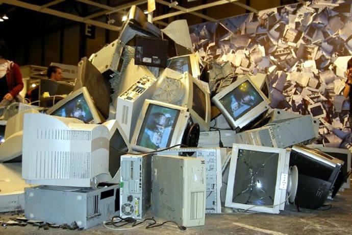 Basura electrónica, un problema en Asia