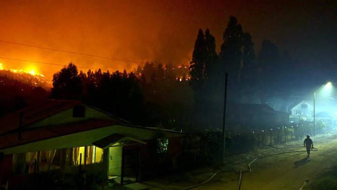 Detienen a cinco sospechosos de provocar incendios forestales en Chile